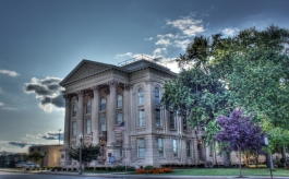 Courthouse 4409619283